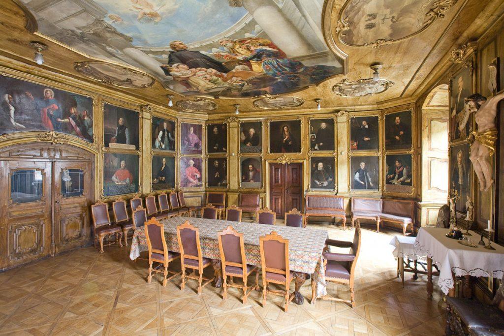 Sala portretowa Arcybractwa Miłosierdzia.