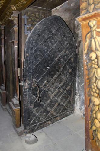 Żelazne drzwi do sali klejnotowej Arcybractwa Miłosierdzia.